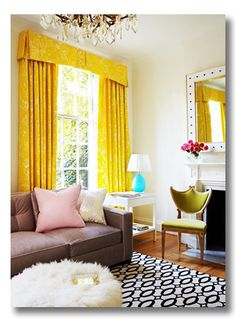 Thinking about making a sunny set of curtains for my new place just like these ones!