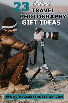 Travel photography gift guide - 23 great ideas for gifts for photographers from tripods to camera Photographer Needed, Travel Photographer, Photography Gifts, Amazing Photography, Aerial Photography, Travel Pictures, Travel Photos, Gifts For Photographers, Photography Equipment