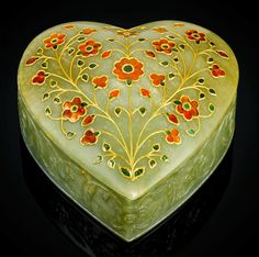A Mughal heart-shaped jade box set with gemstones, North India, 19th century.