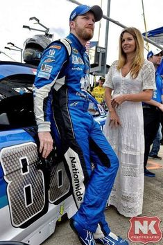 Amy and Dale Earnhardt jr. Dale Earnhart Jr, Amy Earnhardt, Nascar Racers, Chase Elliot, Nascar News, Chevy Ss, Race Cars, Racing, Jr Sports