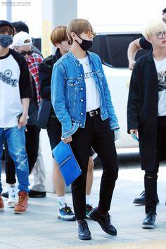 BTS V (taehyung) airport fashion