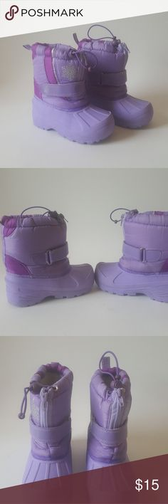 Koala Kids girls winter boots Koala Kids girls winter boots size 4 pre-owned and still in excellent condition. Shoes Boots