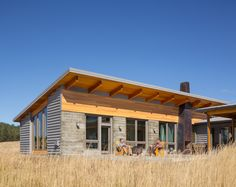 Skyshark Modern Home in Goldendale, Washington by Guggenheim… on Dwell