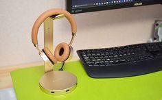 1台3役のお洒落なヘッドフォンスタンドSatechi アルミニウム USB https://www.amazon.co.jp/dp/B019PI9QFC