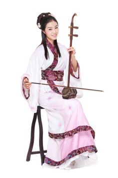 Imagen libre de derechos: Young woman in Chinese traditional costume…