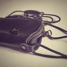Log in to your Etsy account. Nexus 5 Case, Google Nexus, Online Shopping, Zipper, Pocket, Leather, Bags, Etsy, Handbags