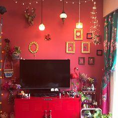 Bedroom Plants Decor, Room Ideas Bedroom, Colorful Interior Design, Home Interior Design, Easy Diy Room Decor, Diy Home Decor, Bohemian Bedroom Design, Hippie Room Decor, Grunge Room
