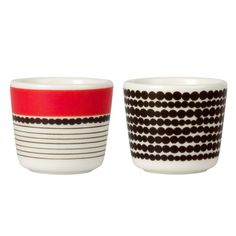 The set of two Siirtolapuutarha egg cups by Marimekko with the Räsymatto pattern are made from hard stoneware ensuring a long lifespan; Marimekko, Nordic Design, Scandinavian Design, Mug Dinner, Ceramic Tableware, Porcelain Dinnerware, Kitchenware, Pinch Pots, Egg Cups