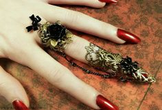 Visual Kei Nail Ring Set - how's this for Gothic? Gothic Rings, Gothic Jewelry, Bronze Nails, Armor Ring, Steampunk, Nail Ring, Ring Ring, Neo Victorian, Visual Kei