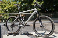 CustTech Superlight FS Full Suspension Marathon/ Cross Country - gebrauchte Fahrräder bei bikesale.de