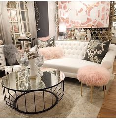Swoon-Worthy Glam Living Room Design & Decors - Home Decor & Design Glam Living Room, Glam Room, Home And Living, Living Room Decor, Modern Living, Feminine Living Rooms, Pink Living Rooms, Bedroom Decor Glam, White Couch Living Room