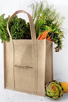 These natural jute bags with waterproof lining go the distance when it comes to toting your farmers market haul. Jute Tote Bags, Reusable Tote Bags, All Natural Cleaning Products, Waste Solutions, Pet Shampoo, Natural Candles, Eco Friendly Fashion, Go Shopping, Crafts