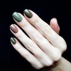 Dale un toque de verde a tu mani. #Nail #Uñas #Mani