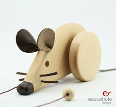 Wooden Toy Mouse eco-friendly personalized pull toy by emanuelrufo Wooden Toy Cars, Wood Toys, Wood Projects, Woodworking Projects, Pull Along Toys, Pull Toy, Baby Kind, Wooden Crafts, Gifts For Kids