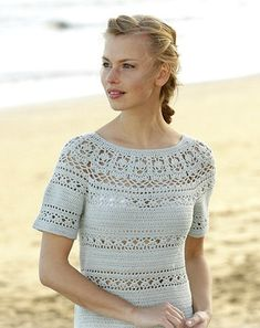 Dress crochet from the top down with round yoke, lace pattern and short sleeves in DROPS Safran. Size: S - XXXL Free pattern by DROPS Design. Sie Hüte von oben nach unten Grace in Lace / DROPS - Free crochet patterns by DROPS Design Crochet Cardigan Pattern, Crochet Blouse, Crochet Patterns, Knitting Patterns, Easy Patterns, Scarf Patterns, Knitting Tutorials, Knit Cowl, Pull Crochet