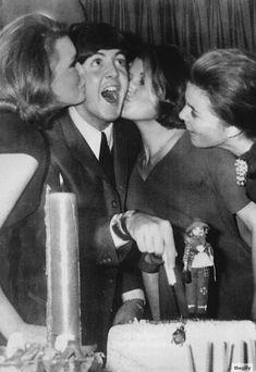 227 Best Paul Mccartney Blackbird Images On Pinterest