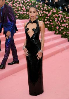 Zoe Kravitz Is Picture Perfect on Met Gala 2019 Red Carpet!: Photo Zoe Kravitz stuns as she hits the red carpet at the 2019 Met Gala held at the Metropolitan Museum of Art on Monday (May in New York City. Zoe Kravitz, Zoe Saldana, Gala Gowns, Gala Dresses, Red Carpet Dresses, Nice Dresses, Formal Dresses, Formal Wear, Charlotte Gainsbourg