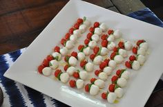 caprese skewers- perfect party appetizers - http://pinterest.com/pin/75787206199985062/