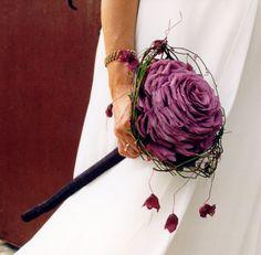 Kind of in love with Glamelias Big Day, Wedding Bouquets, Our Wedding, Wedding Ideas, Wedding Styles, Wedding Planning, Floral Wreath, Wreaths, Hair Styles