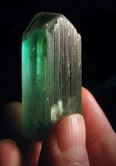 HIDDENITE: Addictions/Alcoholism/Compulsiveness, Anxiety, Bipolar Disorder(Manic Depressive), Calming/Soothing, Creativity, Depression, Epilepsy Seizures, Grief, Heart(Physical), Immune System, Joy, Love, Self-Expression, Tolerance, Unconditional Love