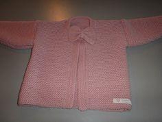 Little Girls Bow Cardigan Pink Beanies, Girls Bows, Cute Designs, Grandchildren, Baby Knitting, Merino Wool, Little Girls, Sweaters, Clothes