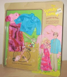 "Sunshine Family Dress Up Kit # 7266  /""You Can Put Laces In Lots Of Places./"" NIP"