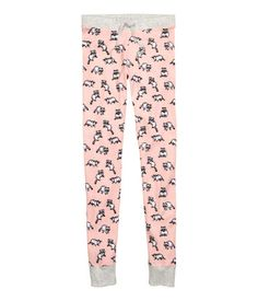 Pink/raccoon. Pajamas in soft cotton jersey with a printed design. T-shirt with wide neckline and sewn cuffs. Leggings with elasticized drawstring waistband