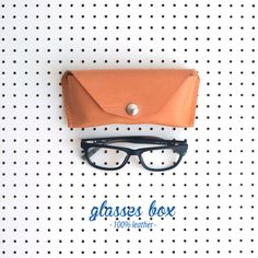 glasses box · 100% leather