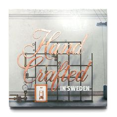 ABSOLUT ELYX – Handcrafted in Sweden Book for ABSOLUT: Handcrafted in Sweden Bartender's Book