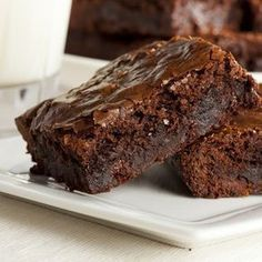 Find the best chocolate recipes ever in this collection of cake recipes, cookie recipes, brownie recipes, and more decadent chocolate desserts. Best Chocolate Brownie Recipe, Chocolate Low Carb, Chocolate Recipes, Baking Chocolate, Low Carb Brownie Recipe, Brownie Recipes, Cookie Recipes, Brownie Ideas, Sugar Free Brownies