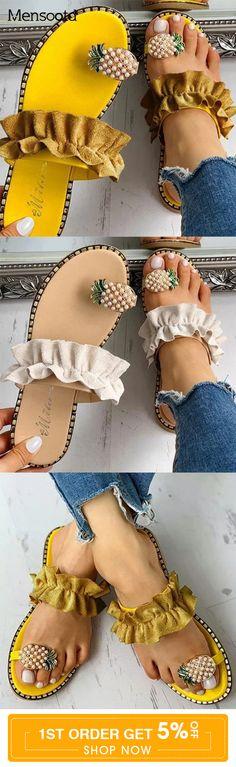 Summer Fashion Tips .Summer Fashion Tips Cute Sandals, Cute Shoes, Me Too Shoes, Fashion Shoes, Fashion Dresses, Fashion Tips, 2000s Fashion, Ugg Boots, Shoe Boots