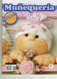 Revistas de manualidades Gratis: Revista para hacer muñecos gratis Book Crafts, Felt Crafts, Fabric Crafts, Sewing Magazines, Sock Dolls, Fabric Toys, Bear Doll, Book Quilt, Pretty Dolls