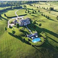 Mansion Homes and Dream Houses — I found this photo and thought you would like it. Mansion Homes and Dream Houses — I found this photo and thought you would like it. Mega Mansions, Mansions Homes, Dream Mansion, Weekend House, Luxury Homes Dream Houses, Luxury Cottages, Modern Mansion, Dream House Exterior, Luxury Real Estate