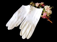 White Gloves Dovalure by Saks Fifth Avenue 7 1/2 NWT by EyeSpyGoods on Etsy