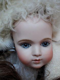 Bru brevete. Antique doll reproduction by Hiroko Saito.