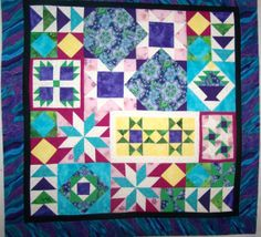 Waved Border Sampler Table Topper will by QuiltsForAllReasons, $50.00