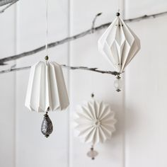 set of 3 paper decorations - http://pinterest.com/annemarieross/black-white/