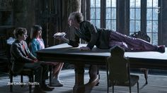 """The New York Times @nytimes  5m5 minutes ago How Netflix adapted """"A Series of Unfortunate Events"""" for TV http://nyti.ms/2iteIzT"""