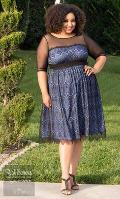 Real Curves for Vintage Dream Cocktail Dress