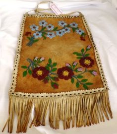 Canadian Beaded Moosehide Wall Hanging : Lot 41