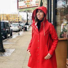Rainy Day Fashion, Rain Wear, Raincoat, Winter Parka, Lady, Jackets, Coats, Inspiration, Rock