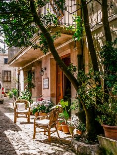 """mostlyitaly: """"  Erice (Sicily, Italy) by VSChicago """""""