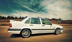 Volvo 850R white rolling