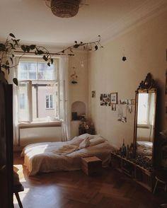 """2,575 mentions J'aime, 15 commentaires - • cozy.bedroom.inspirations • (@cozy.bedroom.inspirations) sur Instagram : """"Was für ein schönes Schlafzimmer von @elli.dora"""""""