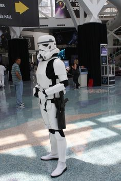 Just something about Stormtroopers at airports that is sexy.