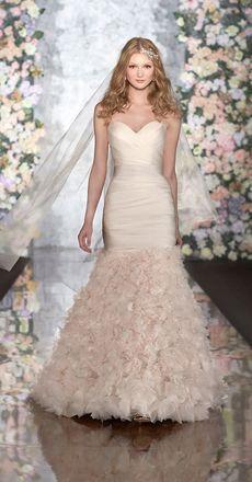 Käyttämätön ihana Martina Liana hääpuku wedding dress bridal gown
