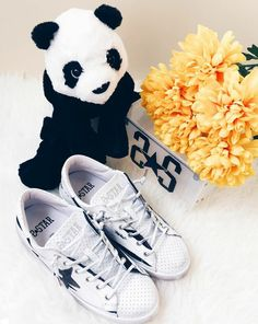 A sweet awakening is waiting for you thanks to these amazing #2star shoes!  www.2star.it  #low #sneaker #sneakers #white #black #leather #brushed #effect #fashion #style #casual #cool #shoe #shoes #spring #summer #collection #woman #girl #instagood #instamoment