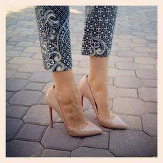 printed pants, nude heels