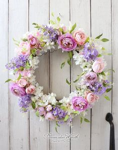 Easter Wreaths, Fall Wreaths, Door Wreaths, Wreath Crafts, Diy Wreath, Grave Flowers, Corona Floral, Lavender Wreath, Deco Floral