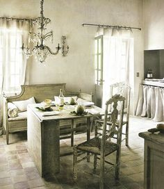 dining room kitchen french provencal gustavian settee country eclectic home decor ideas French Decor, French Country Decorating, French Interior, Settee Dining, Dining Room, Room Kitchen, Dining Table, Table Seating, Swedish Home Decor